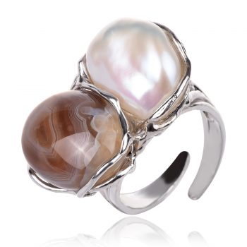 сребърен пръстен с бяла перла Барок и кафяв ахат