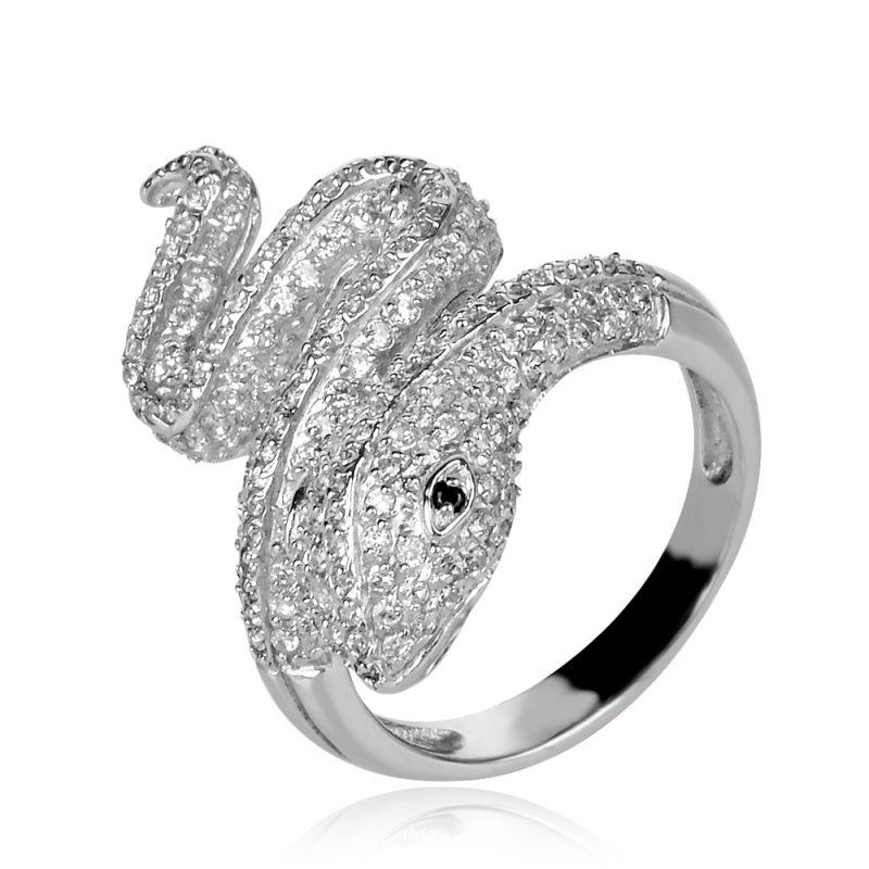 silver ring snake,сребърен пръстен змия