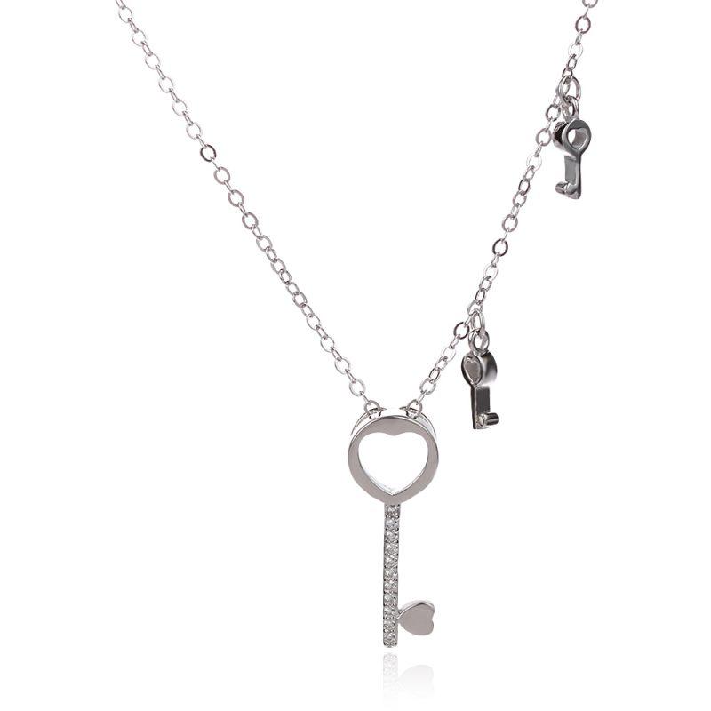 нежно сребърно колие ключ със сърце