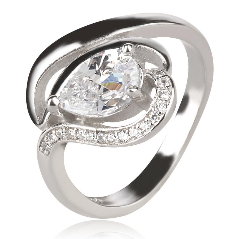 сребърен пръстен с циркон капка