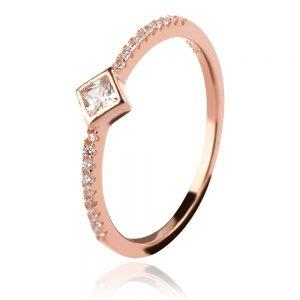 Сребърен пръстен с розова позлата и цирконии