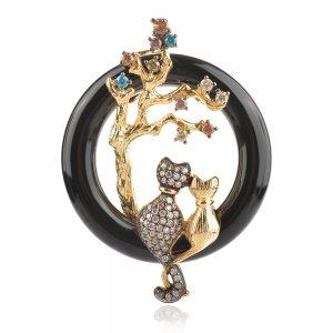 сребърен медальон ,черна керамика, позлата, влюбени котета
